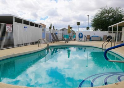 Community pool2 (Large)