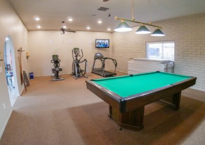 RR-Gym_Billiard (Medium)