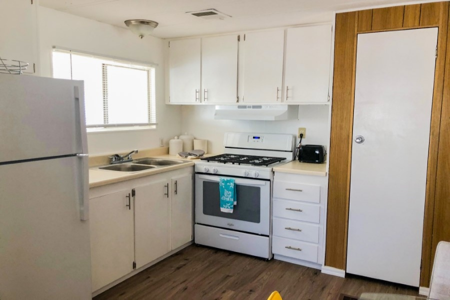 2481 W. Broadway Ave., Apache Junction, Arizona 85120, 2 Bedrooms Bedrooms, ,1 BathroomBathrooms,Pre-Owned,For Sale,8,W. Broadway Ave.,1082